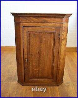 Antique rustic farmhouse wall mounted corner cupboard / cabinet